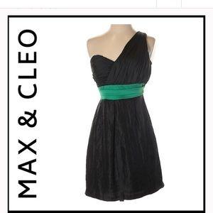 Max & Cleo